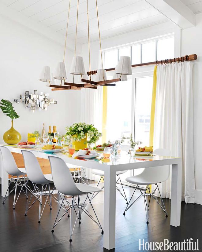 Bàn ăn màu trắng - Đơn giản và phù hợp với mọi phong cách trang trí nhà - Ảnh 1.