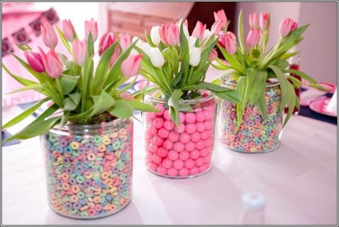 Các kiểu cắm hoa tươi đơn giản mà ấn tượng cho nhà đẹp dịp năm mới - Ảnh 5.