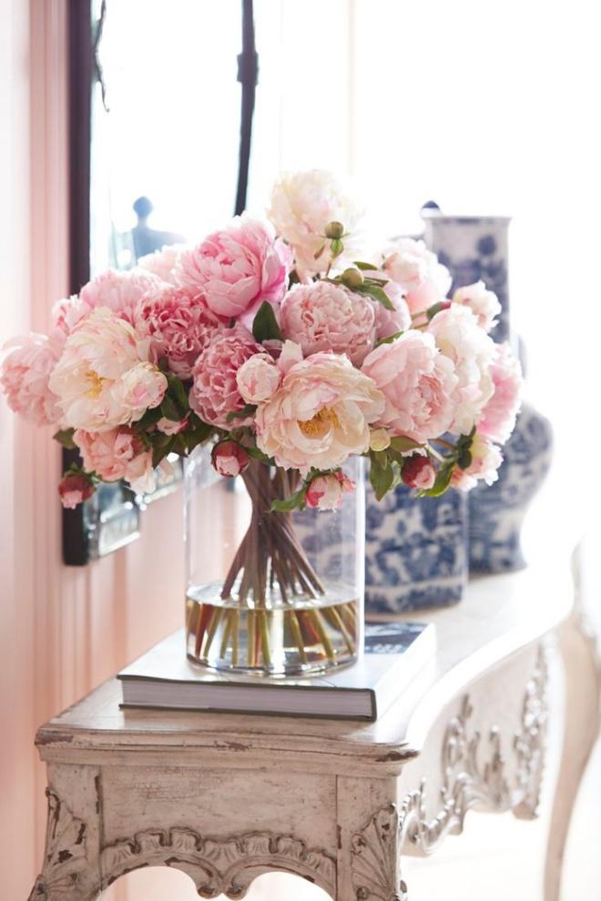 Các kiểu cắm hoa tươi đơn giản mà ấn tượng cho nhà đẹp dịp năm mới - Ảnh 6.