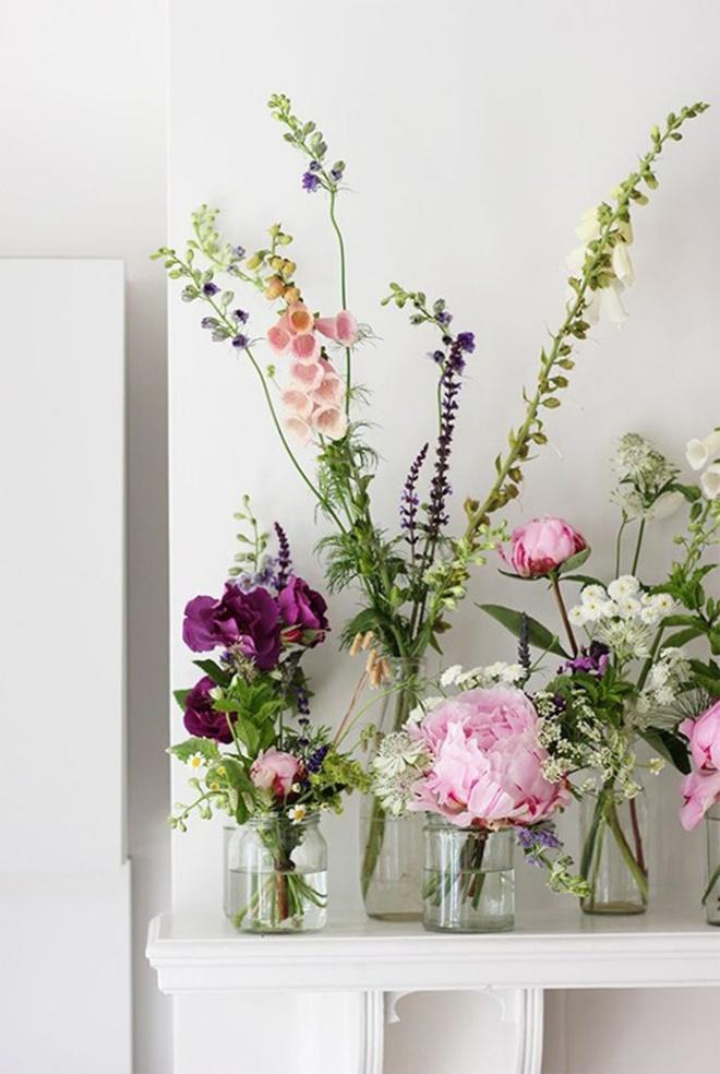 Các kiểu cắm hoa tươi đơn giản mà ấn tượng cho nhà đẹp dịp năm mới - Ảnh 7.