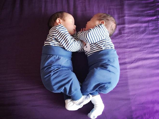 Mẹ Việt ở Đức kể lại hành trình thần kì khi mang song thai: 7 tuần siêu âm chỉ còn 1 tim thai, 1 tuần sau lại thấy 2 tim thai - Ảnh 10.