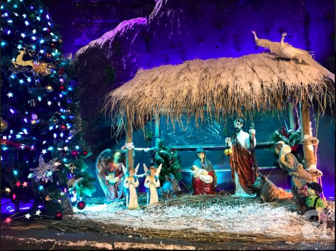 Ngắm biệt thự triệu đô của Đàm Vĩnh Hưng được trang trí đẹp lung linh đón Noel về - Ảnh 6.