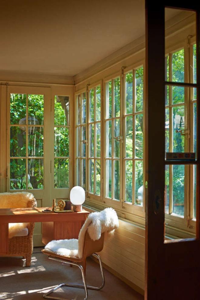 Được ở trong ngôi nhà gỗ bình yên như thế này thì chắc chắn bạn sẽ lãng quên ngay nhà phố hiện đại - Ảnh 9.