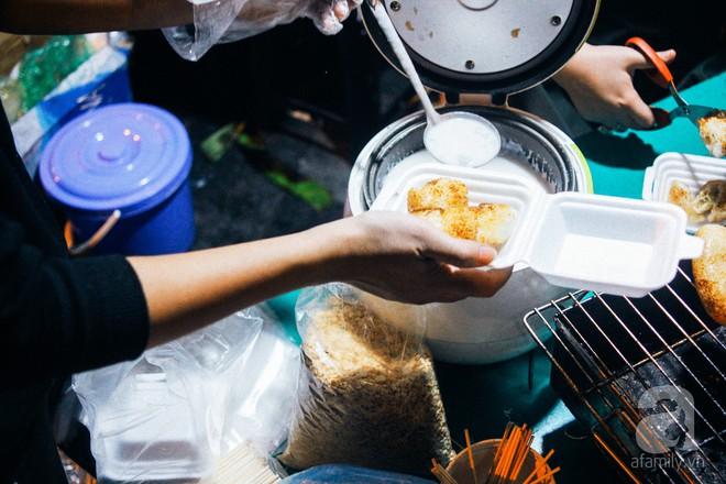 Chấm điểm chuối bọc nếp nướng - món ăn đường phố Sài Gòn ngon nhất thế giới vừa có mặt ở Hà Nội - Ảnh 8.