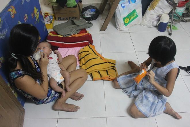 Hơn 150 triệu đã gởi đến gia đình bé gái 7 tuổi bị bố bỏ rơi, phải nghỉ học ở nhà trông em 2 tháng tuổi cho mẹ đi làm - Ảnh 5.