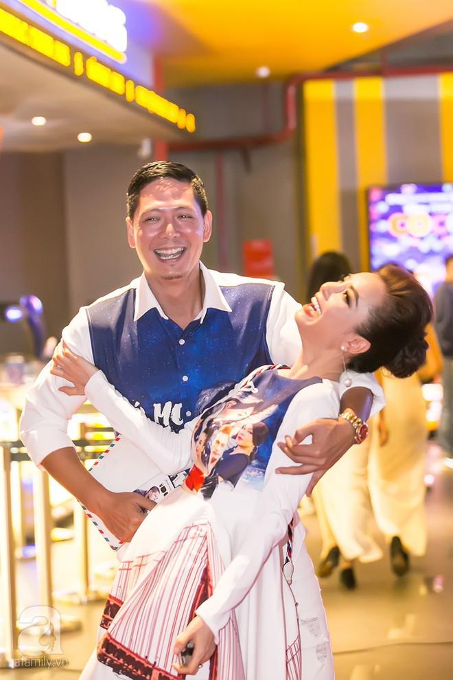 Bình Minh thoải mái ôm đồng nghiệp nữ sau ồn ào lộ ảnh thân mật với Trương Quỳnh Anh - Ảnh 5.