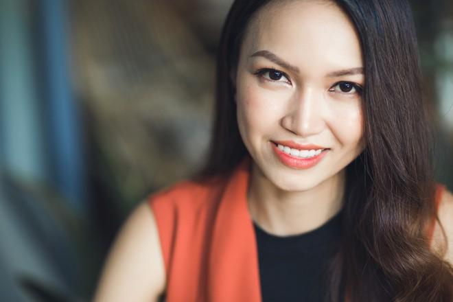 """Cô nàng xin 1 được 2 trong """"Thương vụ bạc tỷ"""" Thùy Trang: Lấy chồng cũng sẽ hoạch định rõ ràng như làm kinh doanh - Ảnh 2."""