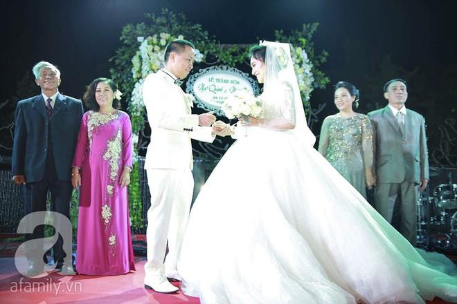 Nghi vấn Quán quân Vietnam Idol 2014 Nhật Thủy có bầu 4 tháng trong đám cưới với bạn doanh nhân - Ảnh 6.