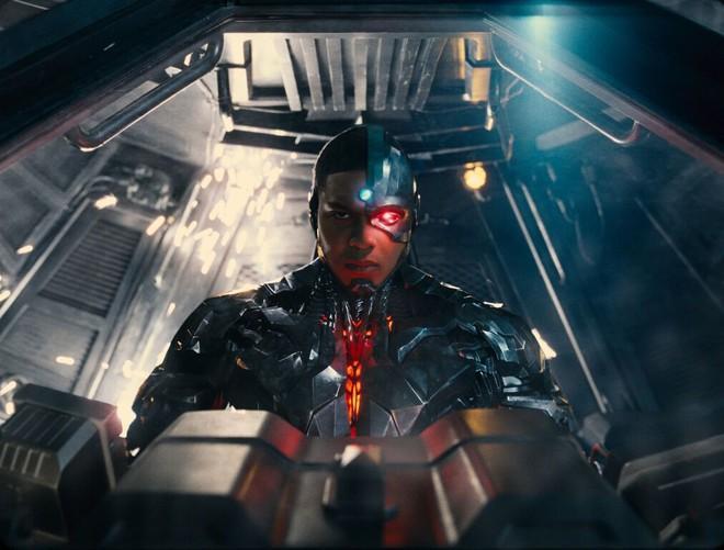 Điểm mặt dàn sao hùng hậu nhìn là muốn xem của bom tấn Justice League - Ảnh 14.