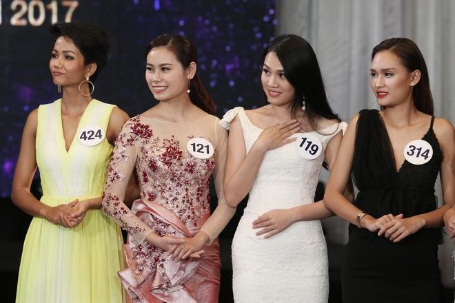 Sau ồn ào rút khỏi cuộc thi, hình ảnh Mai Ngô mất hút ở Hoa hậu Hoàn vũ 2017 - ảnh 13