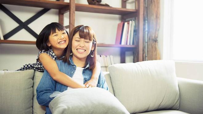 Muốn ngăn chặn hành vi xấu của trẻ ngay từ nhỏ, bố mẹ phải biết 6 nguyên tắc này - Ảnh 2.