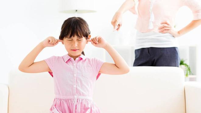 Muốn ngăn chặn hành vi xấu của trẻ ngay từ nhỏ, bố mẹ phải biết 6 nguyên tắc này - Ảnh 1.