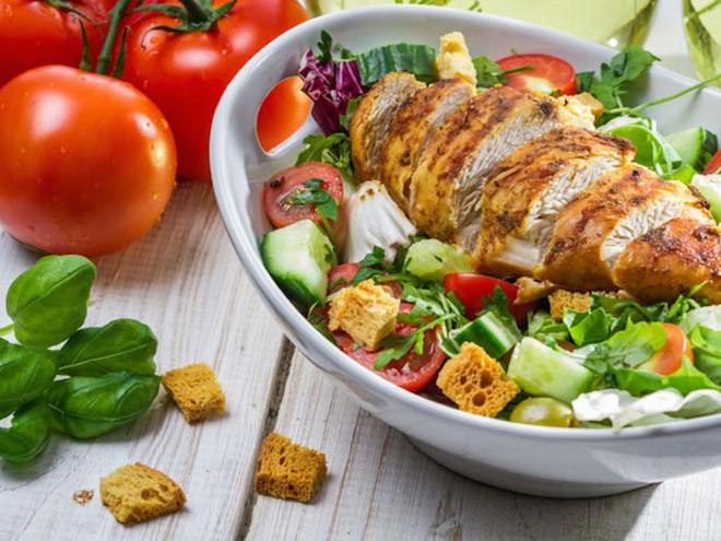 Đây chính là cách giúp bạn áp dụng chế độ dinh dưỡng low carb hiệu quả nhất - Ảnh 1.