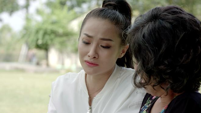 Angela Phương Trinh sống ảo, tự tung tin mình đang là ngôi sao sáng - ảnh 5