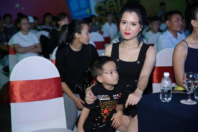 Minh Tú, Mai Tài Phến dắt díu nhau tham gia Ơn giời, cậu đây rồi 2017 - Ảnh 10.