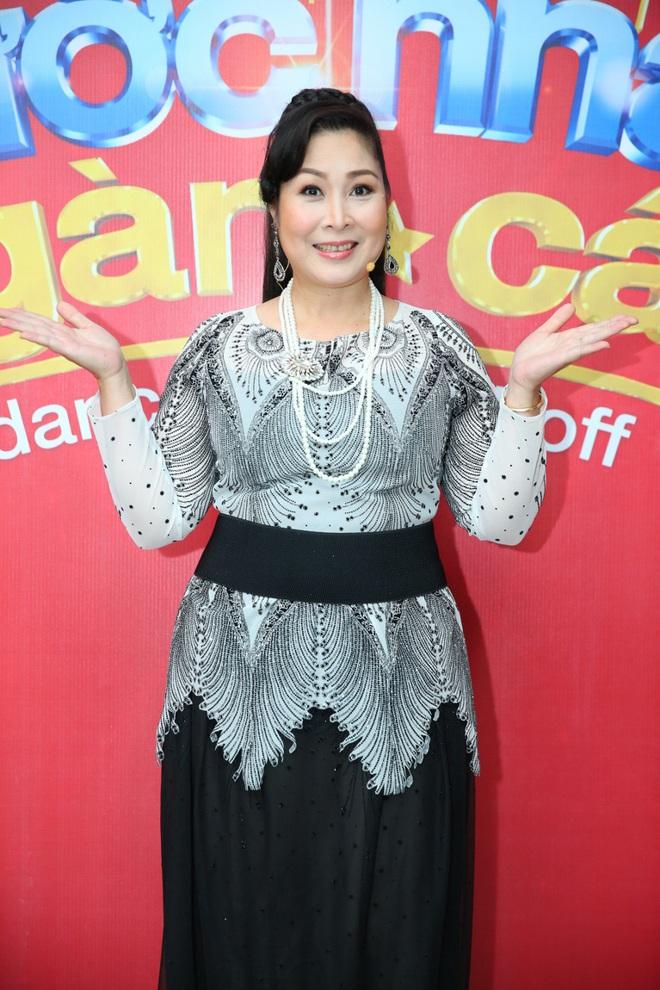 Việt Hương - Hồng Vân thay Hoài Linh ngồi ghế nóng Bước nhảy ngàn cân - Ảnh 6.
