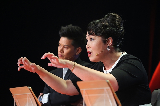 Việt Hương bật khóc nói về chuyện từng bị tâm thần phân liệt vì mẹ qua đời - Ảnh 9.