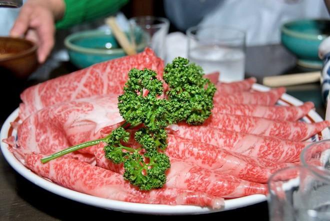 Khi mắc bệnh này tuyệt đối không ăn thịt bò - Ảnh 2.