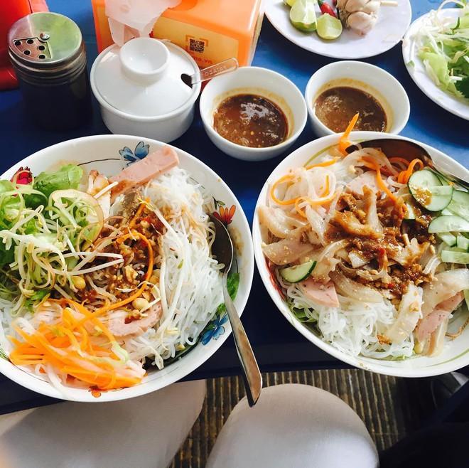 7 món bún tuy nặng mùi nhưng đã thử thì rất dễ nghiện của Việt Nam - Ảnh 8.