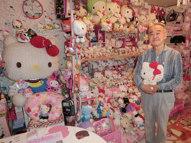 Bộ sưu tập Hello Kitty khổng lồ của cụ ông 67 tuổi khiến hội chị em cũng phải choáng - Ảnh 1.