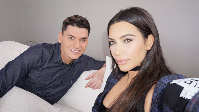 Ra đường có thể quên đánh son, chứ sản phẩm tạo khối thì Kim Kardashian không bao giờ quên - Ảnh 1.