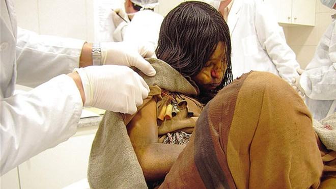 Xác ướp bé gái được chôn từ 500 năm trước còn vẹn nguyên và bí mật chưa từng được tiết lộ - Ảnh 1.