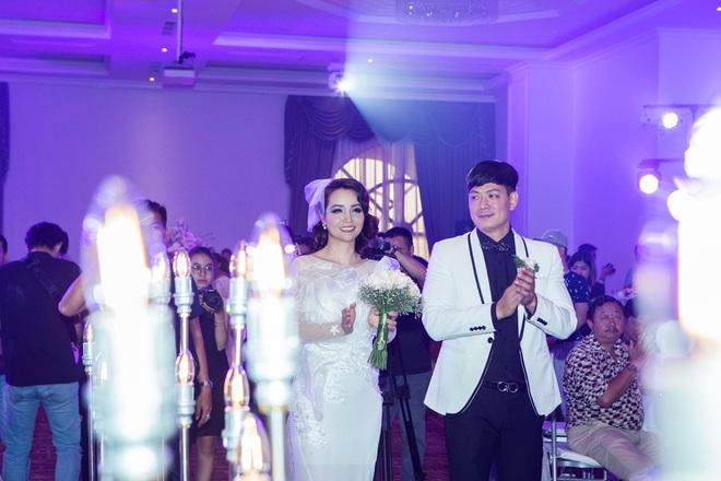 Mai Thu Huyền - Bình Minh bất ngờ tổ chức đám cưới ngọt ngào - Ảnh 3.