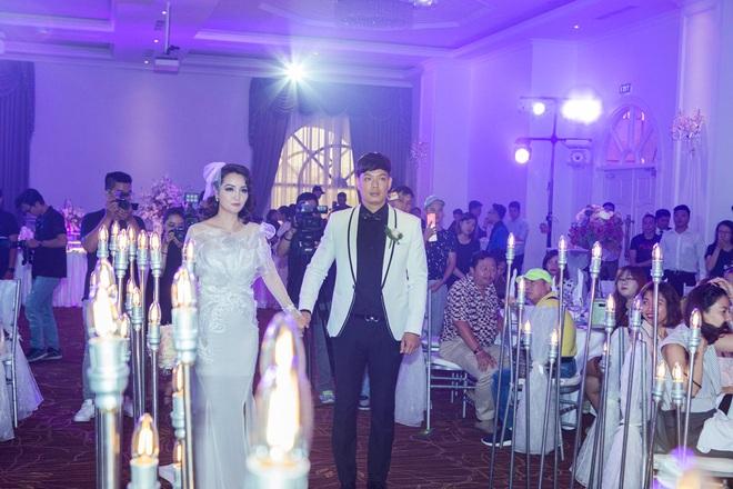 Mai Thu Huyền - Bình Minh bất ngờ tổ chức đám cưới ngọt ngào - Ảnh 4.