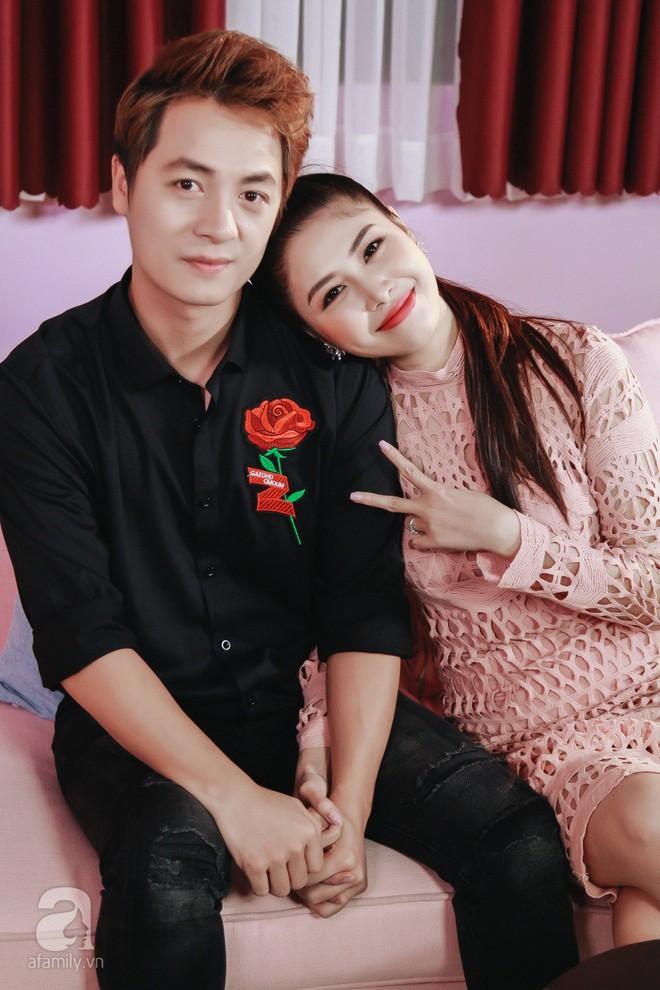 Vợ chồng Đăng Khôi: Vượt định kiến có bầu trước khi cưới để 11 năm vững bước bên nhau - Ảnh 8.