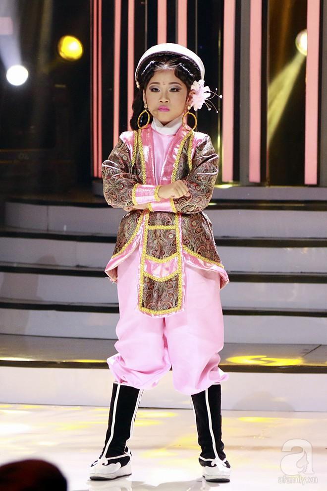 Vượt mặt con gái Trang Nhung, ốc mỡ Thụy Bình xuất sắc giành ngôi vị quán quân Gương mặt thân quen nhí 2017 - ảnh 10