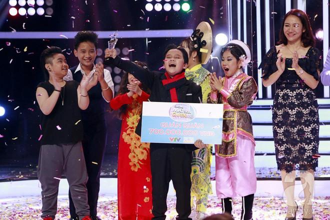 Vượt mặt con gái Trang Nhung, ốc mỡ Thụy Bình xuất sắc giành ngôi vị quán quân Gương mặt thân quen nhí 2017 - ảnh 1
