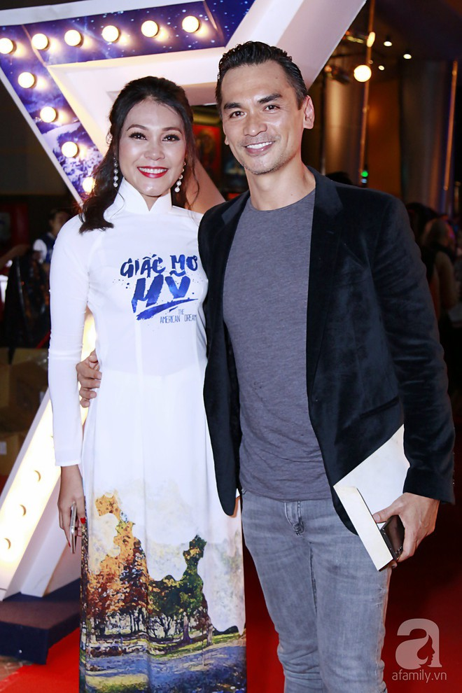 Vắng mặt vợ đại gia, Bình Minh vẫn tươi tắn đến họp báo phim - Ảnh 11.