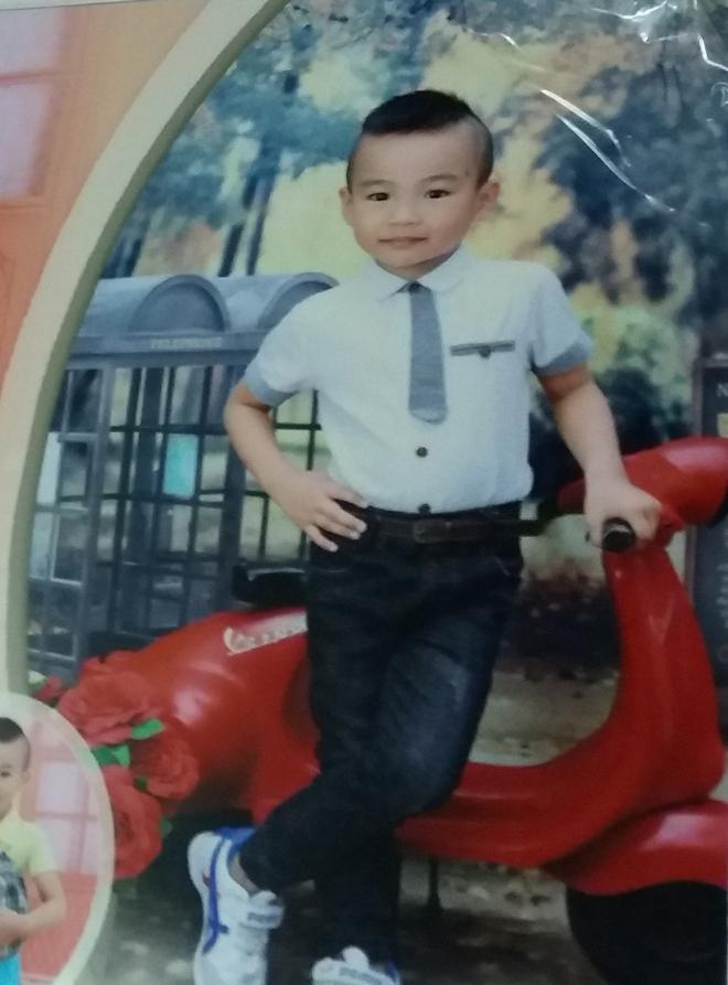 Hà Nội: Đưa con trai 4 tuổi về ngoại chơi nhưng bị mất tích 10 ngày chưa thấy, bố lao đao đi tìm - Ảnh 3.