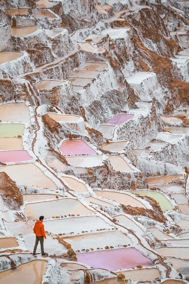 Có một cánh đồng muối kỳ lạ ở lưng chừng đồi núi cao hơn 3000m - Ảnh 4.