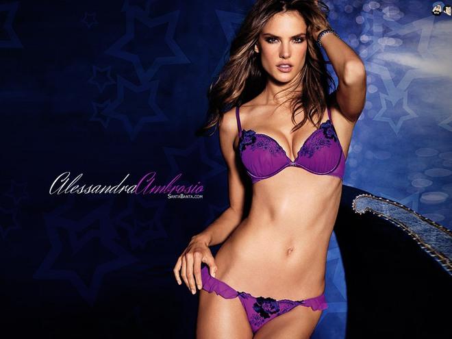 Alessandra Ambrosio: Chị đại của Victorias Secret đã sở hữu mông căng tròn, sexy mà không lo to đùi nhờ bí quyết này - Ảnh 1.