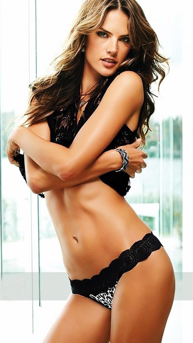 Alessandra Ambrosio: Chị đại của Victorias Secret đã sở hữu mông căng tròn, sexy mà không lo to đùi nhờ bí quyết này - Ảnh 10.