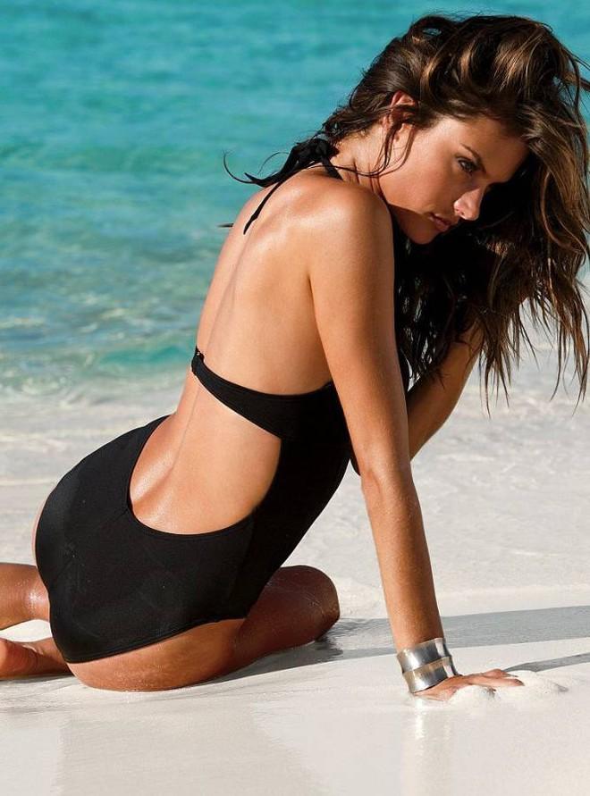 Alessandra Ambrosio: Chị đại của Victorias Secret đã sở hữu mông căng tròn, sexy mà không lo to đùi nhờ bí quyết này - Ảnh 12.