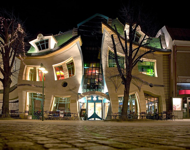 Những ngôi nhà kỳ dị khiến bạn nhìn lại vì tưởng thế giới méo mó hết cả rồi - Ảnh 11.