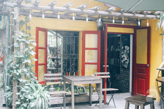 5 quán cafe trong ngõ để tìm tĩnh lặng và yên bình cho những ngày cuối hạ - Ảnh 23.