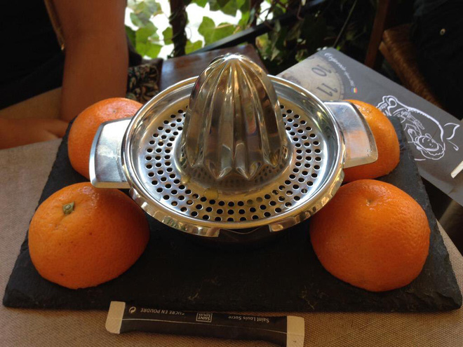 Những đĩa thức ăn độc nhất vô nhị của các nhà hàng khiến thực khách chỉ biết câm nín - Ảnh 9.