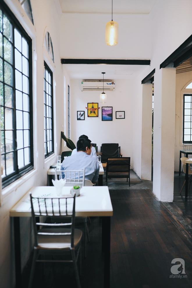 5 quán cafe vừa chất, vừa đẹp ẩn mình trong những ngôi biệt thự cổ ở Hà Nội - Ảnh 6.