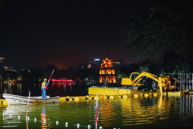 Hà Nội: Bắt đầu nạo vét, cải tạo Hồ Gươm - Ảnh 6.