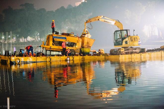 Hà Nội: Bắt đầu nạo vét, cải tạo Hồ Gươm - Ảnh 7.