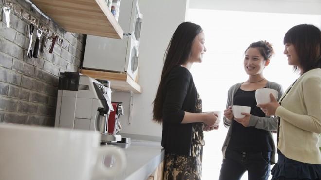 """Điểm mặt những ổ vi khuẩn trong nhà bếp """"chình ình"""" ngay trước mắt mà bạn không nhận ra - Ảnh 3."""