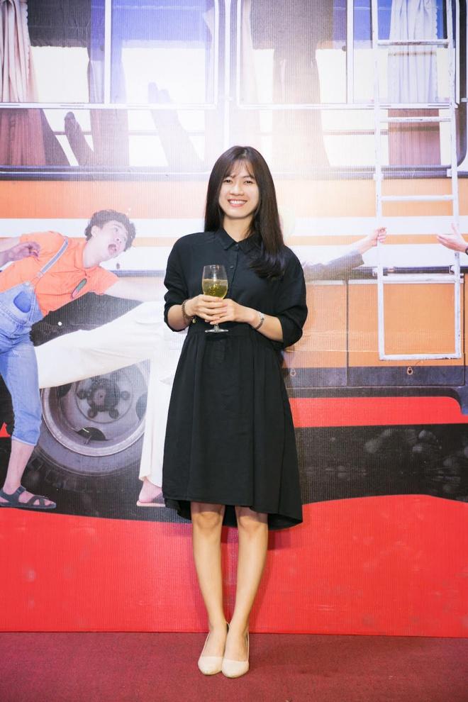 Ngô Thanh Vân tóc ngắn cực chất bên học trò Jun Phạm - Ảnh 3.