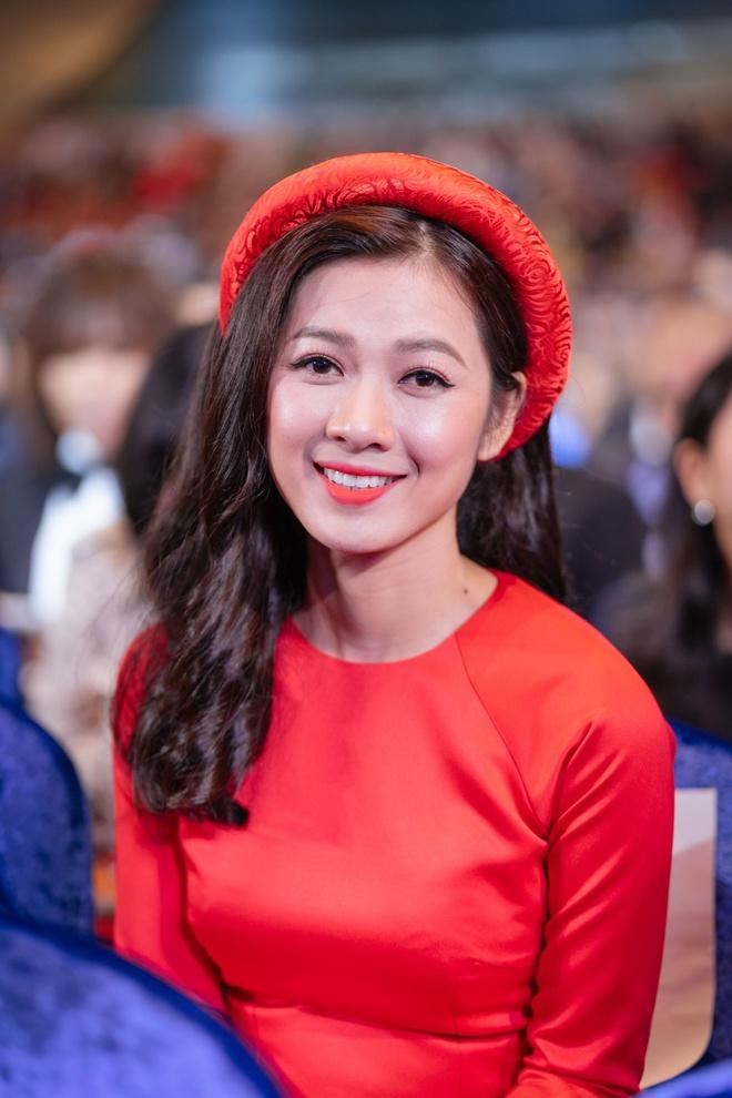Ngô Thanh Vân cùng hội mỹ nhân Cô Ba Sài Gòn diện áo dài nổi bật trên thảm đỏ LHP Busan - Ảnh 9.