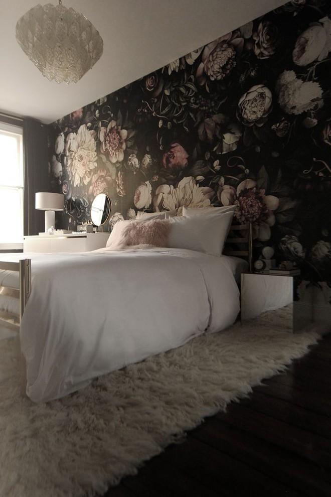 Cả ngôi nhà sẽ được F5 trong tích tắc nhờ trang trí bằng họa tiết hoa sẫm màu - Ảnh 6.