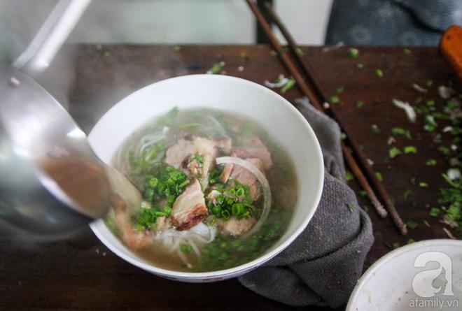 CNN lên list 10 món ăn đường phố siêu phổ biến lại ngon nức tiếng của Việt Nam - Ảnh 3.