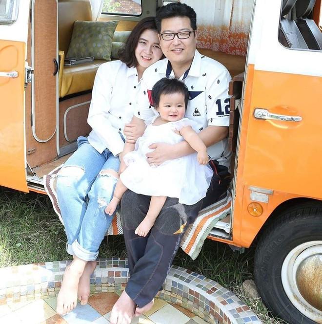 """Nhân duyên nàng dâu Việt với """"oppa chênh gần 20 tuổi tâm lý không ai bằng khiến cửa ải mẹ chồng cũng là chuyện nhỏ - Ảnh 8."""