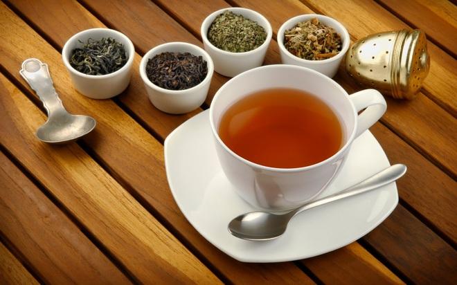 """Nhiều người có thói quen ăn xong uống trà, nhưng không hề biết mình đang vô tình """"hạ độc"""" thận như thế này - Ảnh 1."""